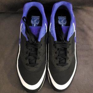 Nike Shoes - Nike Air Max BW OG